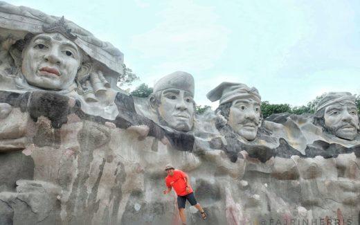 Patung Empat Marga