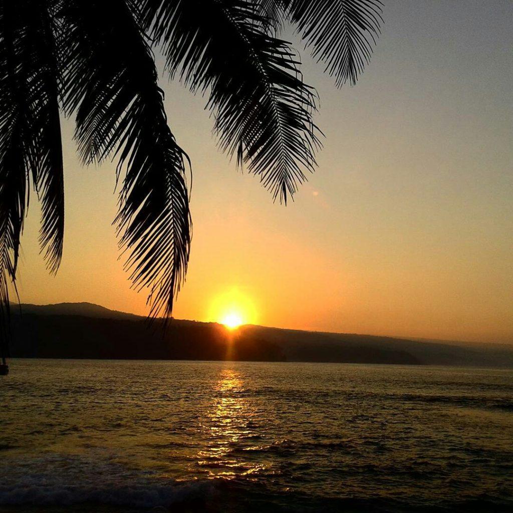 Sunrise di Pulau Pisang