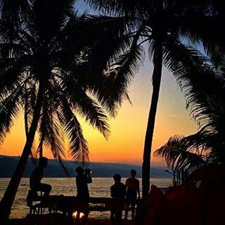 Sunrise di Pulau Pisang (Foto By: Ayub)