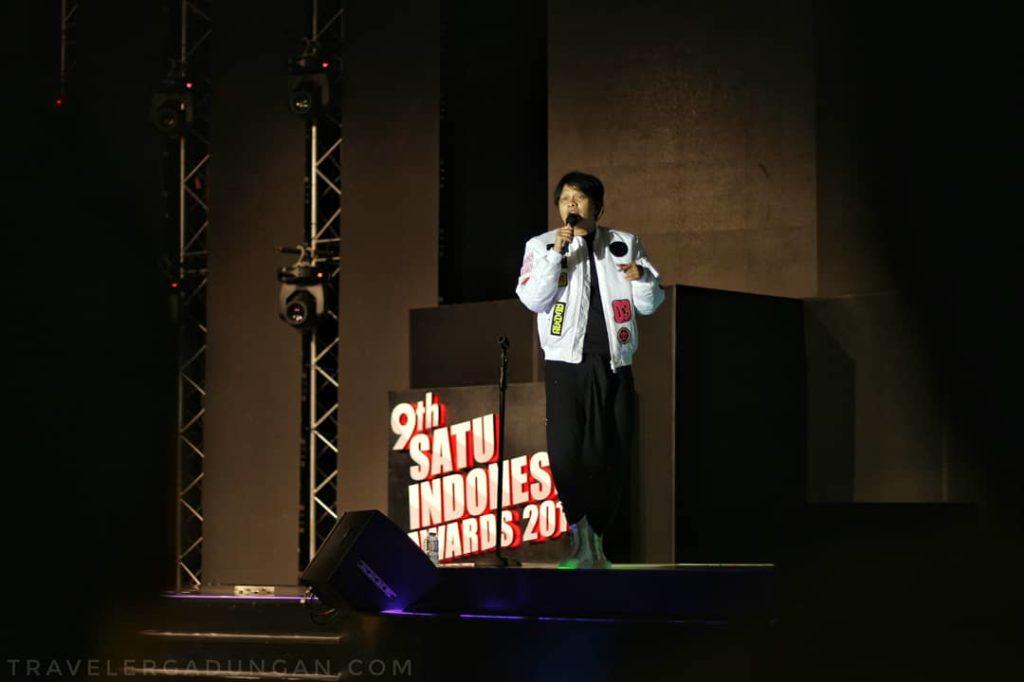 Penampilan kedua Gigi di malam penerimaan 9th SATU Indonesia Awards 2018