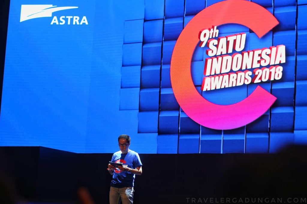 Presiden Direktur PT Astra International Tbk Prijono Sugiarto dalam sambutannya pada malam ini (27/10).